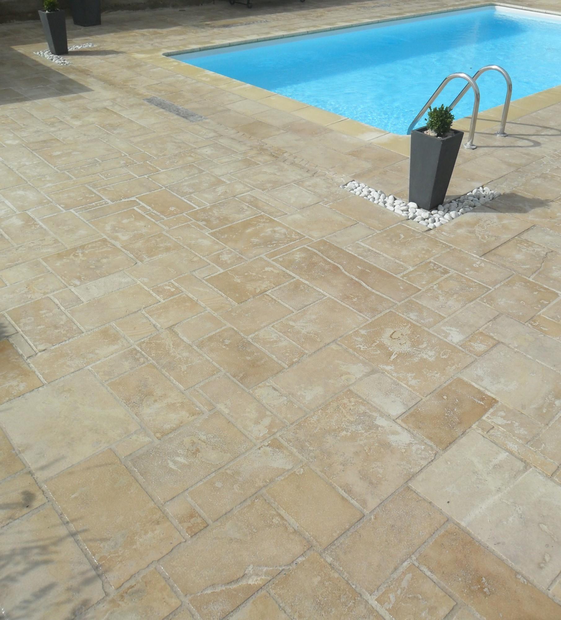 Pierre pour terrasse ext rieure plage de piscine for Terrasse en pierre naturelle pose