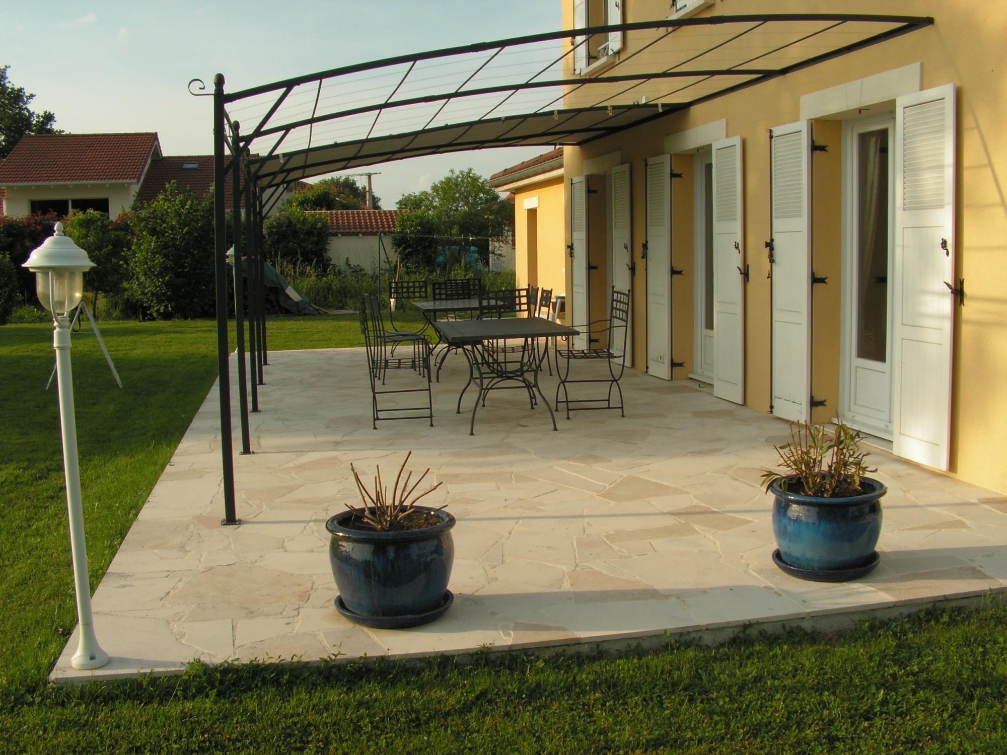 Pierre pour terrasse ext rieure plage de piscine - Pierre de bourgogne terrasse ...